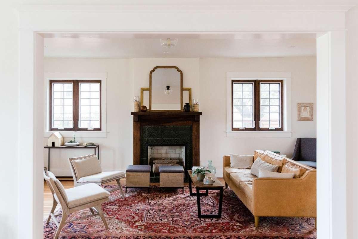 warm minimalism living room with rug
